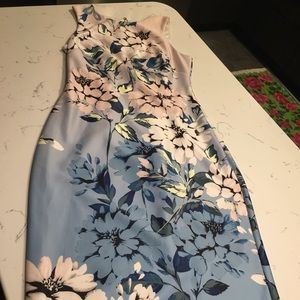 Vince Camuto scuba midi sheath dress floral blue